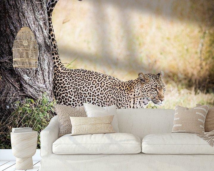 Sfeerimpressie behang: luipaard van Leon van der Velden