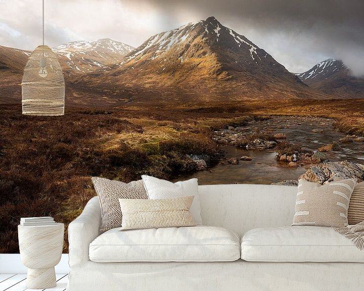 Sfeerimpressie behang: De Schotse Hooglanden van Ton Drijfhamer
