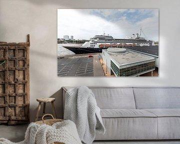 Het MS Rotterdam aan de Cruise Port in Rotterdam van MS Fotografie   Marc van der Stelt