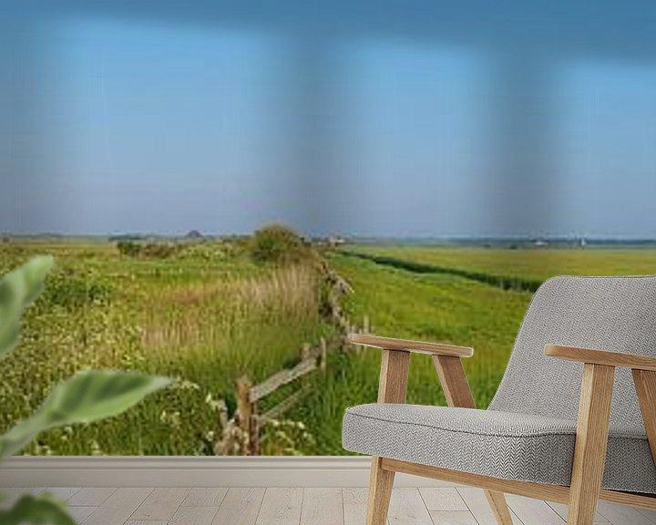 Sfeerimpressie behang: Kippen boetje Texel van Ronald Molegraaf
