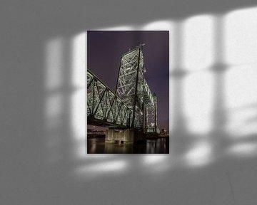 Ehemalige Eisenbahnbrücke De Hef in Rotterdam (Farbe) von Rick Van der Poorten