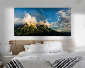 Vue de conte de fées de la montagne sur Cynthia Hasenbos