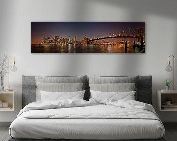 Manhattan skyline en de Brooklyn Bridge van Jeroen Middelbeek