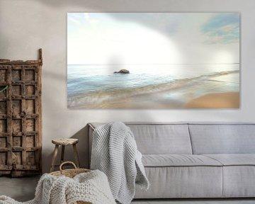 Stone in the sea van Lars Tuchel