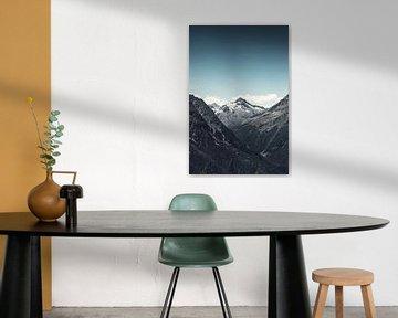 Verre berg Italiaanse Alpen - Lombardije van Dirk Wüstenhagen