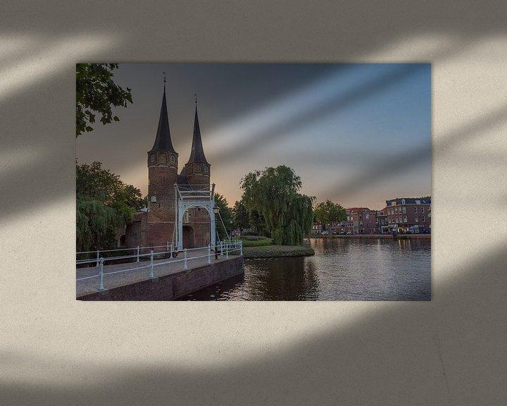 Sfeerimpressie: Delft - Oostpoort bij zonsondergang van Erik van 't Hof