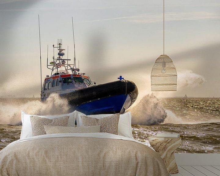 Sfeerimpressie behang: Reddingboot Arie Visser van Terschelling van Roel Ovinge
