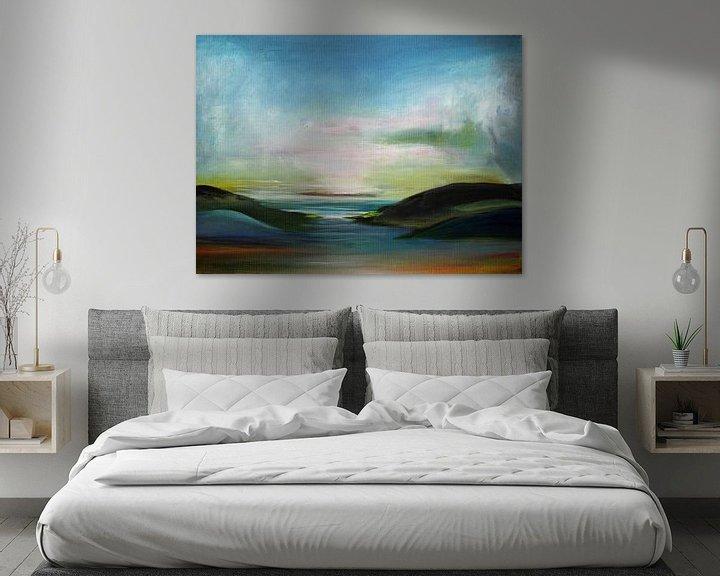 Sfeerimpressie: Small Landscape van Sylvia Evans