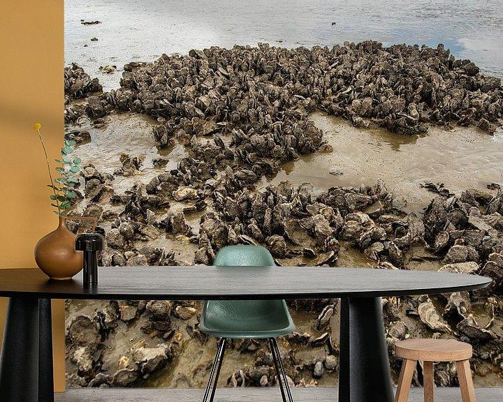 Sfeerimpressie behang: Droog gevallen mosselbanken in de Waddenzee van Brian Morgan