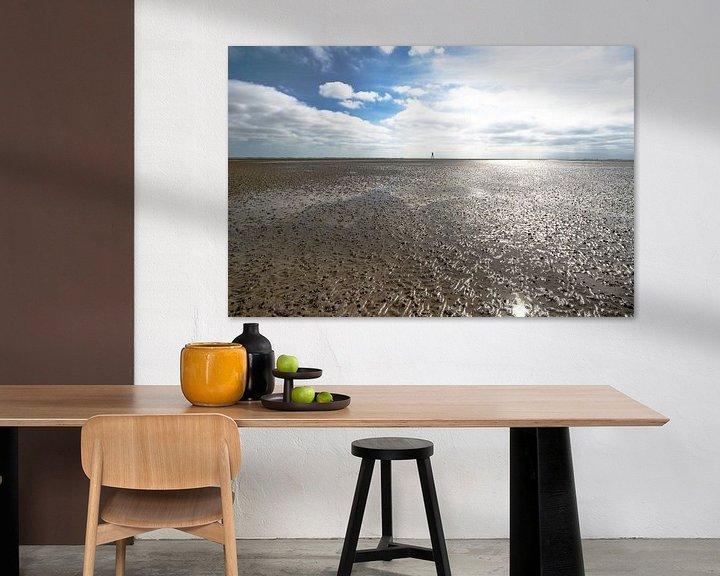 Sfeerimpressie: Vergezicht Waddenzee bij eb van Brian Morgan