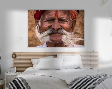 Een Glimlach in India van Hans Moerkens
