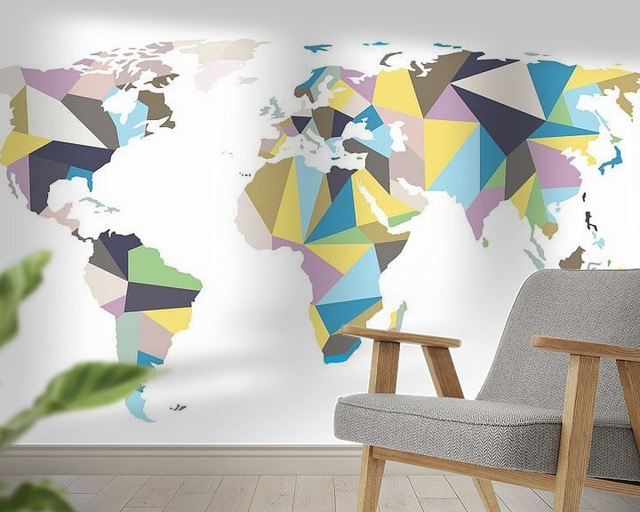 Sfeerimpressie behang: Pastelkleurige Wereldkaart in Geometrische stijl van Wereldkaarten.Shop