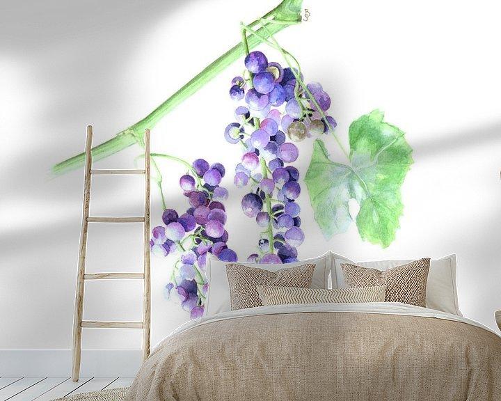 Sfeerimpressie behang: Blauwe Druiven van Bianca Snip