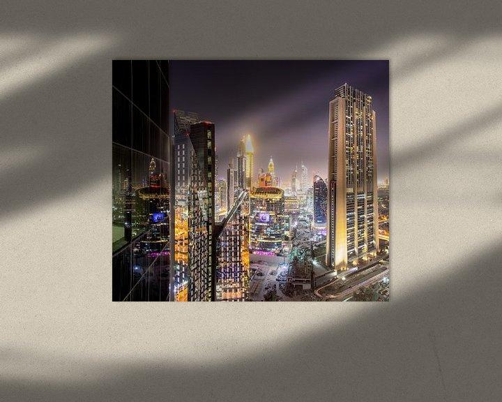 Sfeerimpressie: Dubai International Financial Centre 's nachts van Rene Siebring