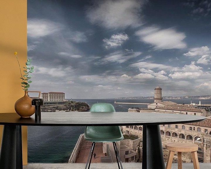 Sfeerimpressie behang: Marseille III van Michael Schulz-Dostal