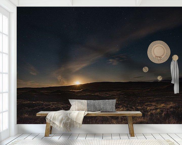Sfeerimpressie behang: De maan aan de sterren hemel van Ilona Swinkels