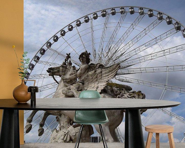Sfeerimpressie behang: Parijs, reuzenrad, beeldhouwwerk van Carina Diehl