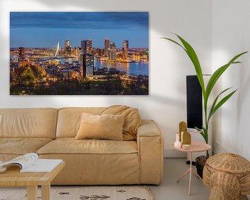 Rotterdam Skyline am Abend von Michael Valjak