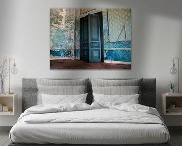 Verlaten Hotel, België von Art By Dominic