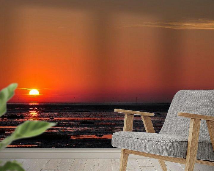 Sfeerimpressie behang: Zonsondergang aan zee van Lex Schulte