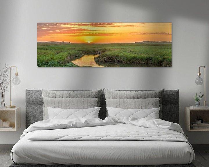 Sfeerimpressie: Panorama zonsondergang op Texel / Panoramic photo Texel sunset van Justin Sinner Pictures ( Fotograaf op Texel)
