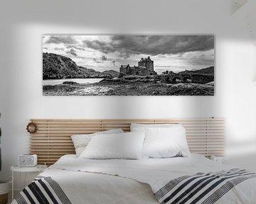 Eilean Donan in Zwart Wit van Vincent van den Hurk