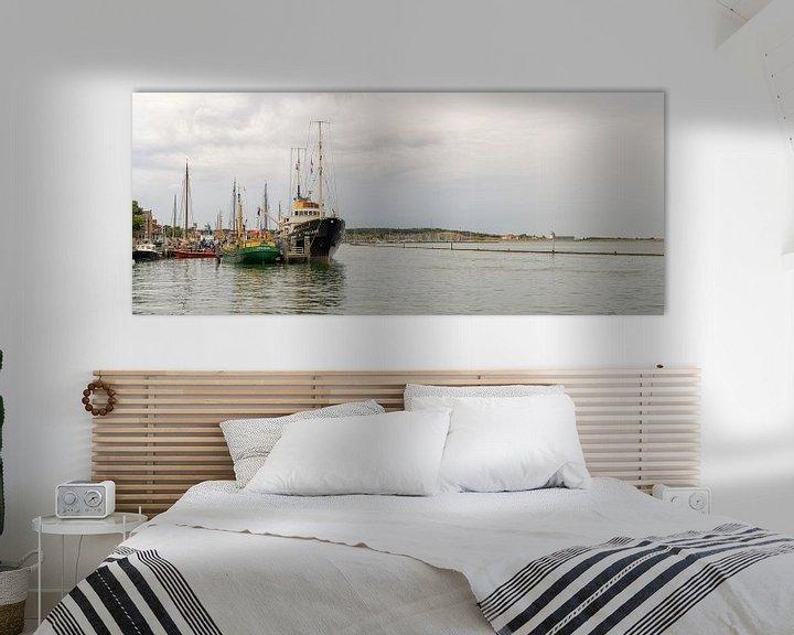 Sfeerimpressie: M.s. Holland in haven West-Terschelling van Roel Ovinge