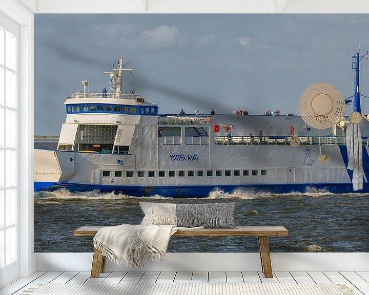Sfeerimpressie behang: Veerboot Midsland van Roel Ovinge