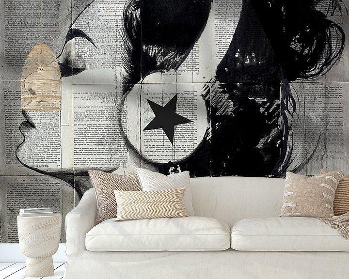Sfeerimpressie behang: RUNAWAY SKIES van LOUI JOVER