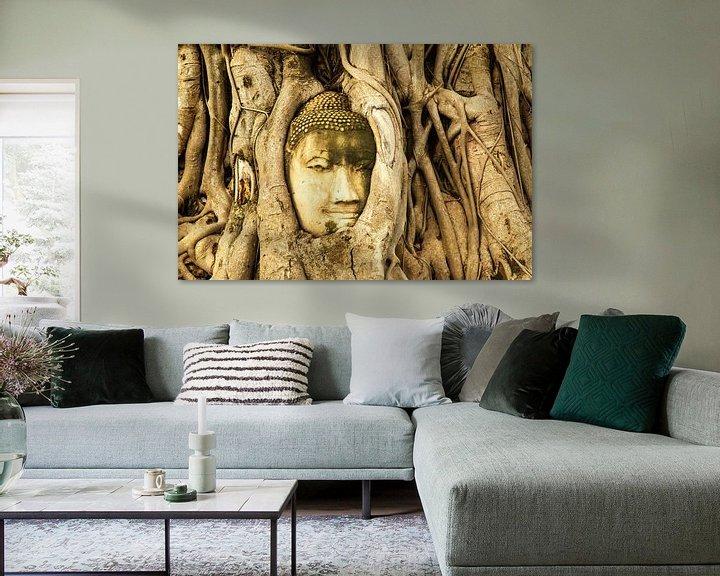 Sfeerimpressie: Budda in tree van Ilya Korzelius