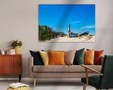 Blick auf den Leuchtturm und Teepott in Warnemünde von Rico Ködder