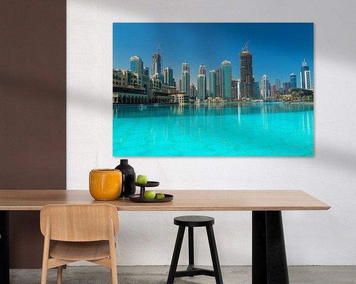 Sfeerimpressie: Skyline of Dubai van Ilya Korzelius