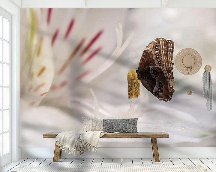 Sfeerimpressie behang: Uil vlinder van Elianne van Turennout
