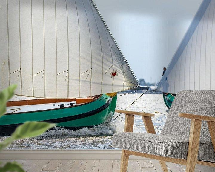 Sfeerimpressie behang: Skûtsje klassieke Friese  Tjalk zeilboten van Sjoerd van der Wal