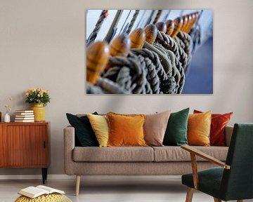 Zeilschip met touwen von Inge Wiedijk