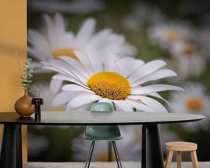Sfeerimpressie behang: Flower van Wim van D