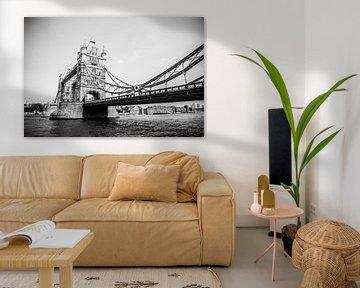Tower Bridge in Zwart Wit von Barbara Koppe