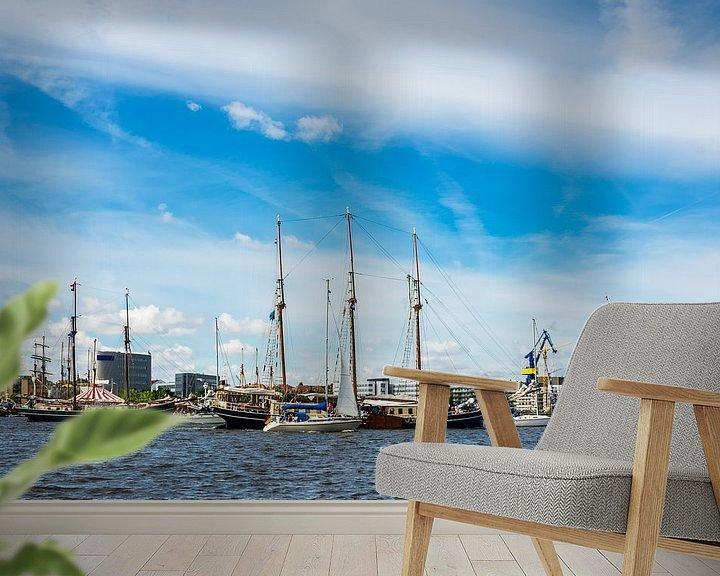 Sfeerimpressie behang: Windjammer on the Hanse Sail in Rostock, Germany van Rico Ködder