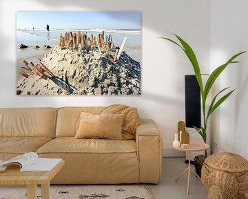Zandkasteel op strand von Harry Wedzinga