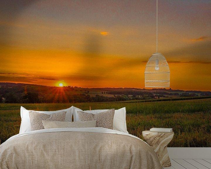 Sfeerimpressie behang: Zons ondergang-opkomst in de  heuvels van Peters Foto Nieuws l Beelderiseren