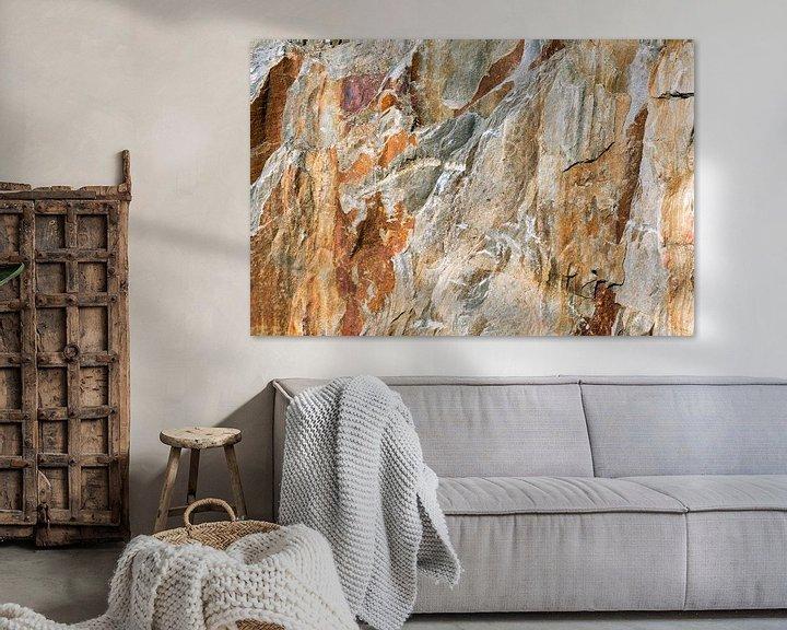 Impression: stenen wand in steengroeve in portugal sur Hanneke Luit