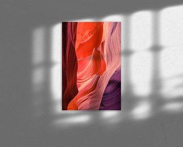 Abstracte structuren in Antelope Canyon van Tony Buijse