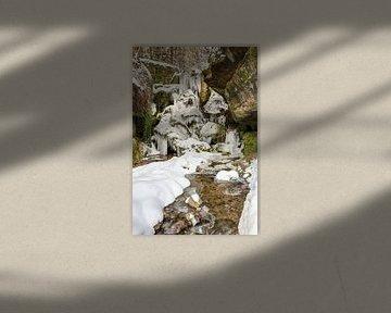 Frozen waterfall in Saxon Switzerland van Michael Valjak