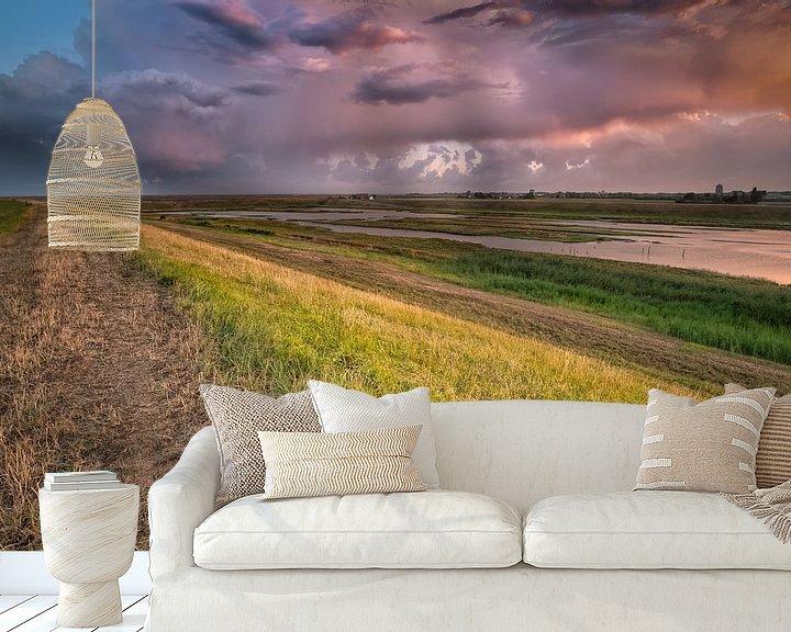 Sfeerimpressie behang: See the light, hear His voice van Sander Poppe
