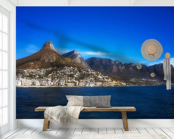 Sfeerimpressie behang: Lion's Head, Cape Town van Rigo Meens