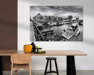 Gorinchem binnenhaven (zwartwit) van Danny den Breejen