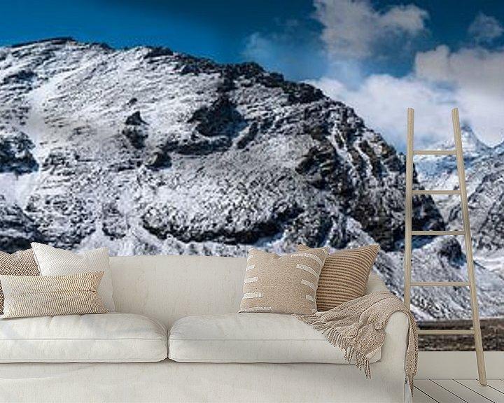 Sfeerimpressie behang: Bergpas in de Himalaya, Tibet van Rietje Bulthuis