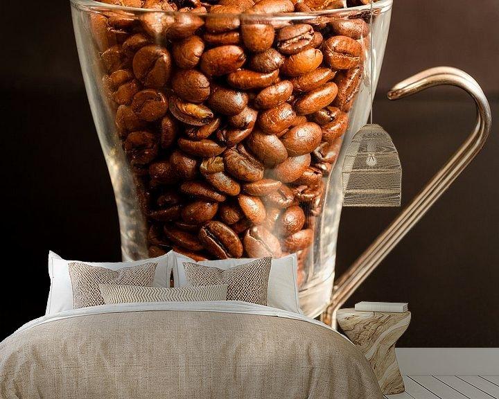 Sfeerimpressie behang: Koffie? van Johan Vanbockryck