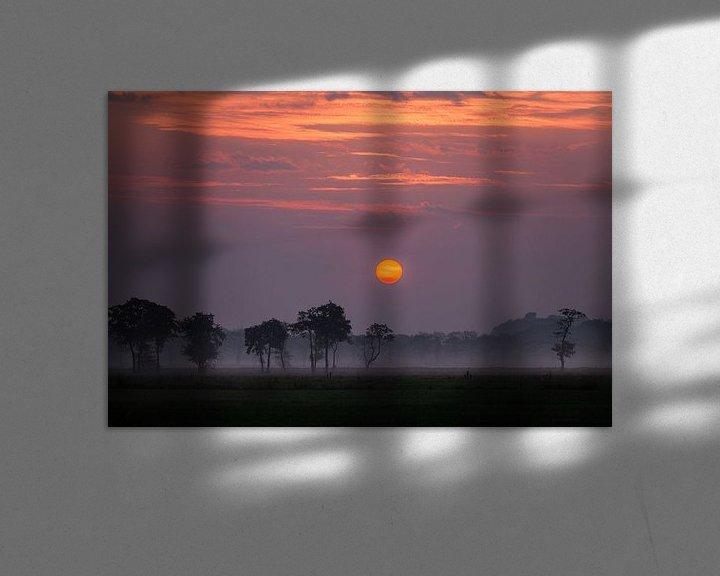 Sfeerimpressie: Zonsopkomst Sandebuur in de mist van R Smallenbroek