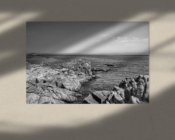 Sfeerimpressie: Rotsen in de grote Oceaan - Zwart / Wit  (E) van Remco Bosshard